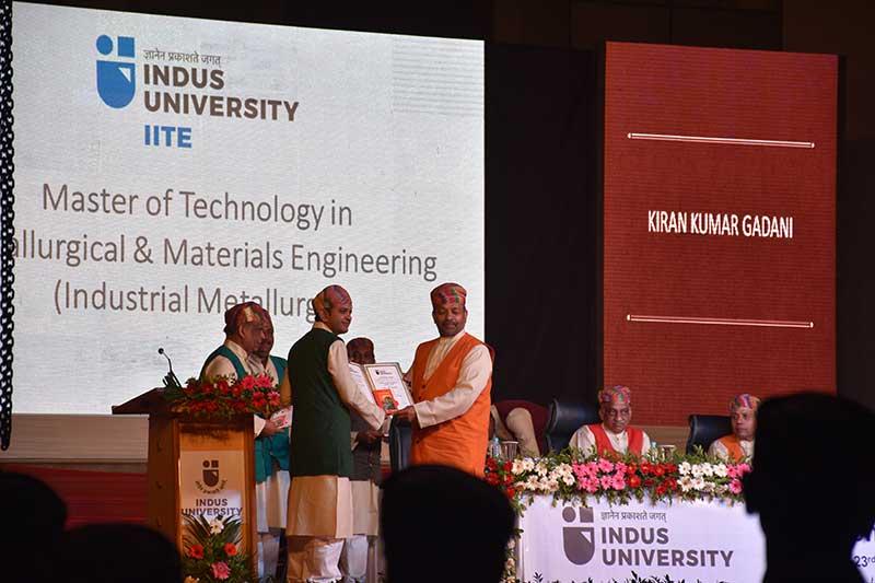 Indus-University-Convocation-2016-(011a)